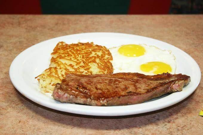 グアムのデニーズのステーキ