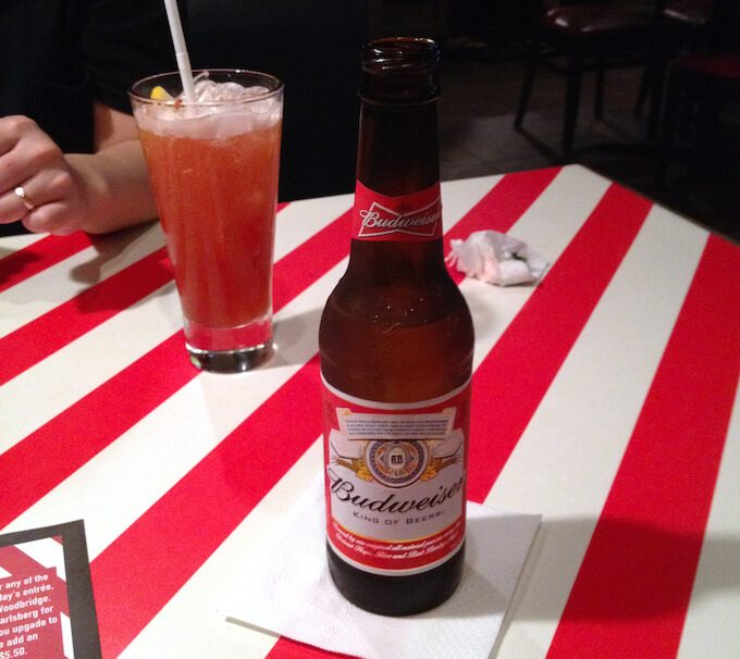 グアムのフライデーズで飲んだお酒