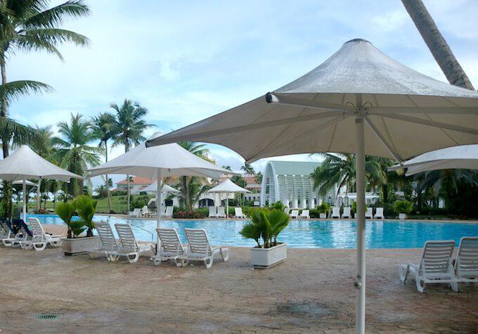レオパレスリゾートグアムのプール