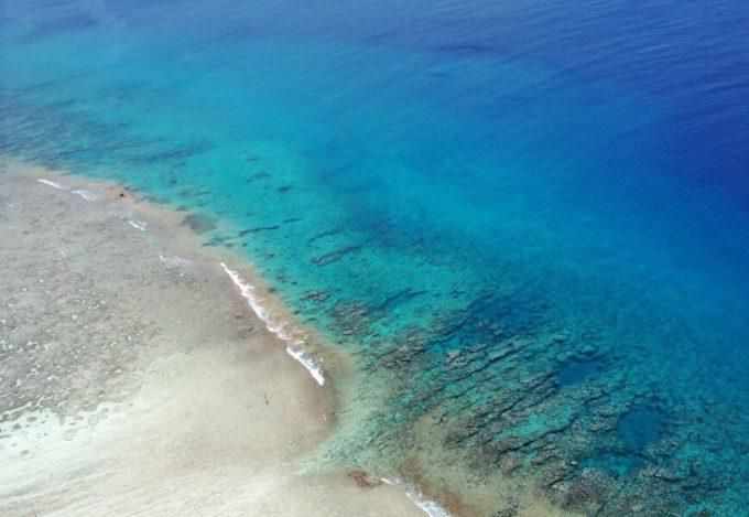 グアムの恋人岬から見た海