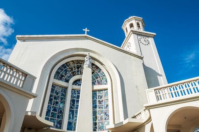 グアムの聖母マリア大聖堂の正面