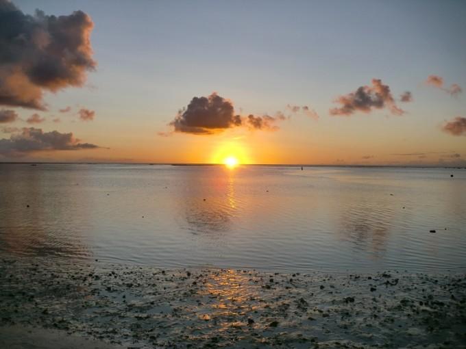 タモン湾の夕日