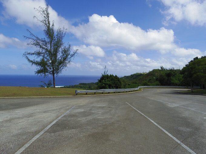 アサン展望台の駐車場