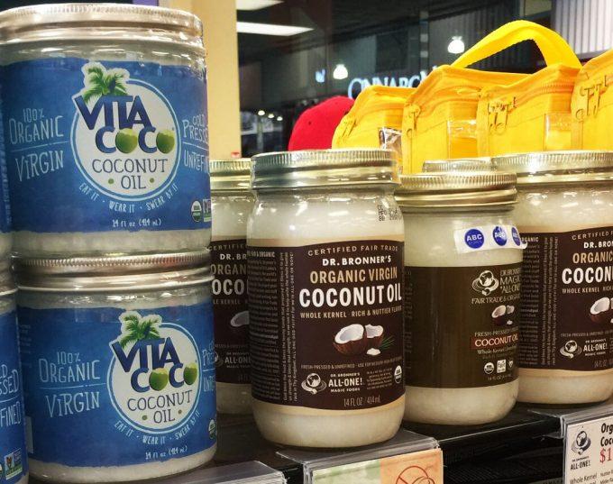 グアムのABCストアのココナッツオイル