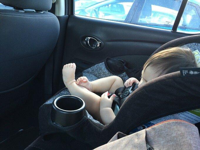 グアムのレンタカーのチャイルドシート