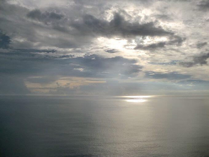 曇り空のグアムの恋人岬