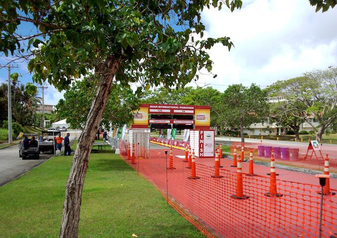 グアムマラソンのゴール地点