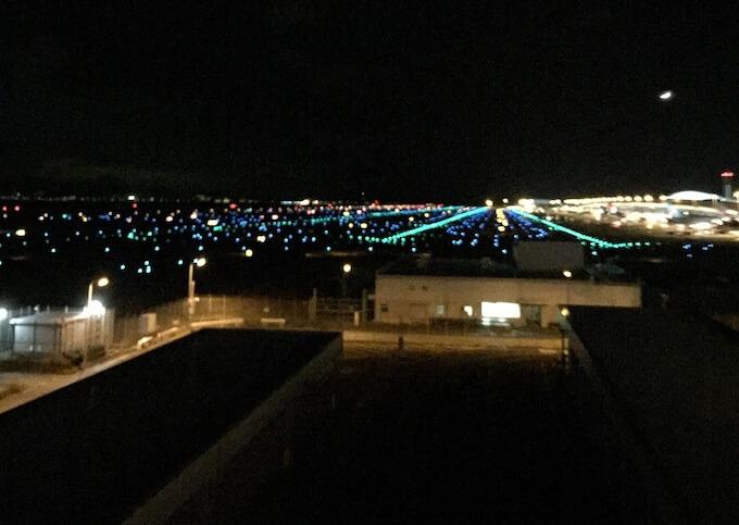 関空の夜景