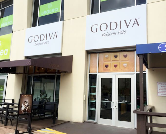 グアムのGODIVA専門店の外観