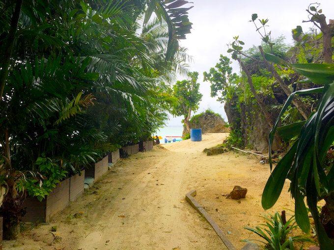 グアムリーフホテルからビーチへのアクセス