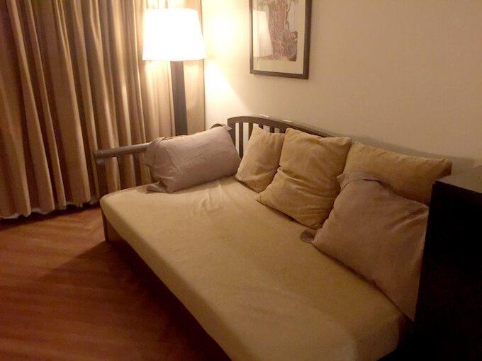 グアムリーフホテルの部屋のソファー