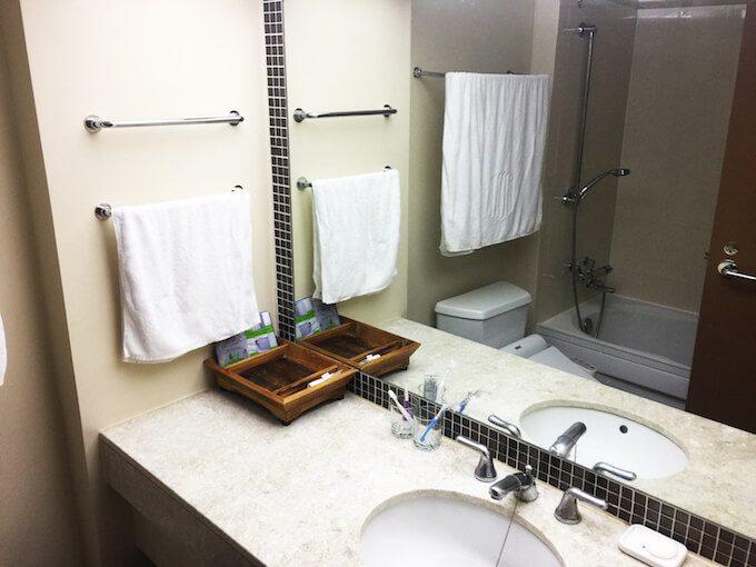 グアムリーフホテルの洗面台