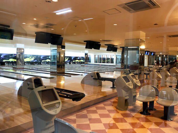 レオパレスリゾートのボーリング場