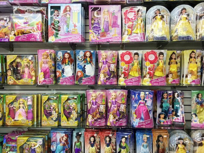 グアムのトゥインクルのディズニープリンセスの人形
