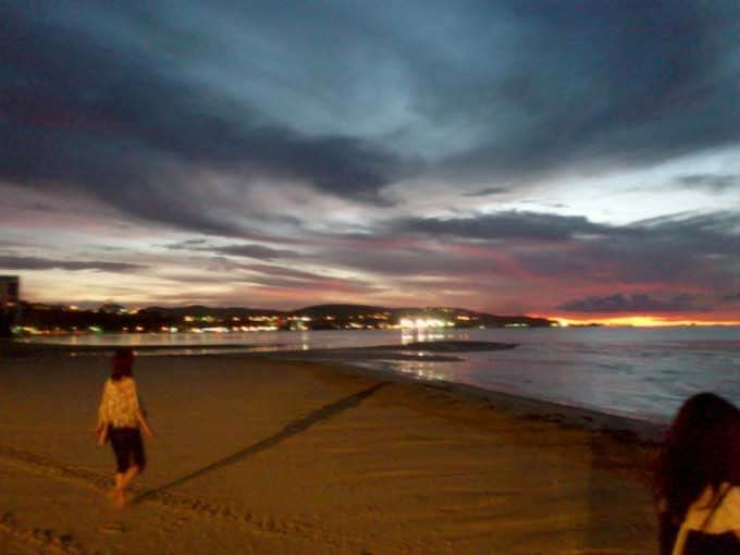 ハガニアのサンセットビーチ