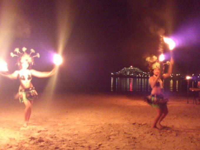 グアムの伝統の踊り